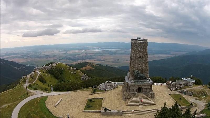 Паметникът Шипка заснет с дронThe monument Shipka filmed with droneGENKOFF PHOTOGRAPHY