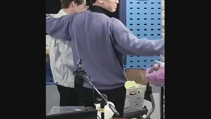 Джонни (NCT) радиодағы соңғы эфирінен кейін