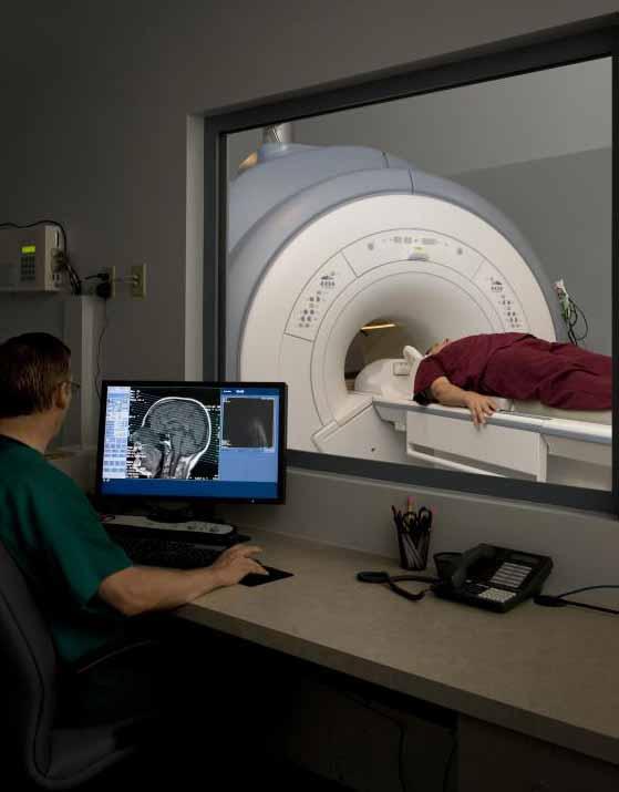 Заболевание мелких ишемических сосудов вызвано повреждением белого вещества мозга и обычно может быть обнаружено с помощью МРТ.