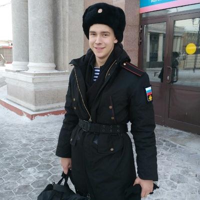 Олег Старостин
