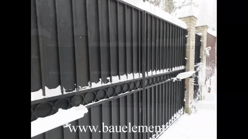 Автоматические распашные ворота с декоративными элементами