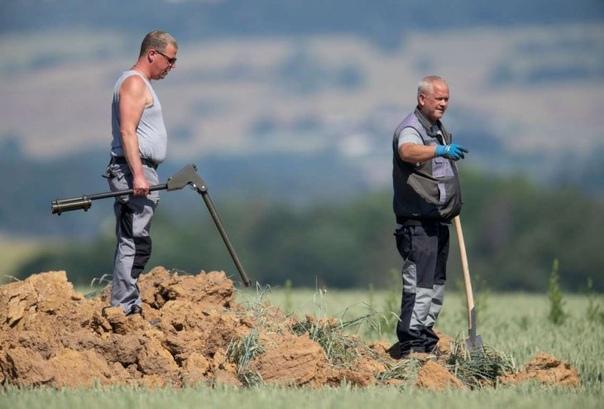 На кукурузном поле в Германии самопроизвольно взорвалась огромная бомба времен ВОВ