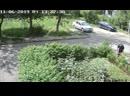 Как средь бела дня тырят забор со двора жилого дома