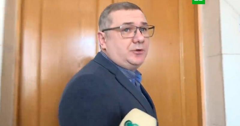 Возбудил весь аппарат украинский чиновник попался на просмотре порно во время заседания