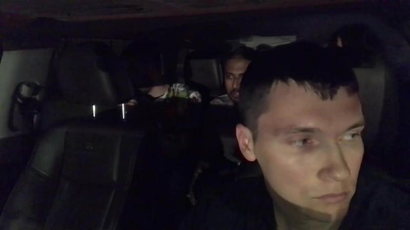 [Я АМЕРИКАнец] Американец Обрыгал Такси! Клиент Всегда Прав!