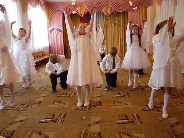 Танец детей подготовительной группы ПТИЦЫ БЕЛЫЕ на празднике 9 мая