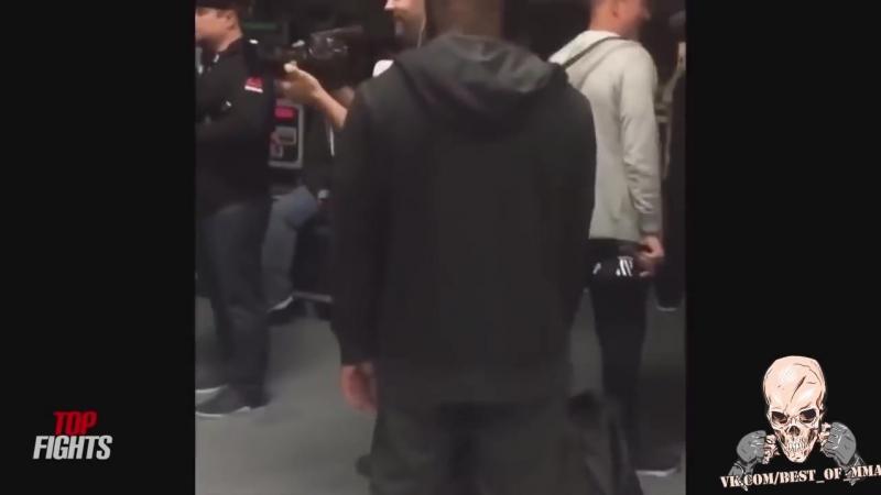 САМЫЕ ДЕРЗКИЕ ВЫХОДКИ КОНОРА МАКГРЕГОРА В UFC_(VIDEOMEG.RU).mp4