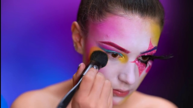 Clown in the Year's Lineup | Colorful Halloween Tutorial