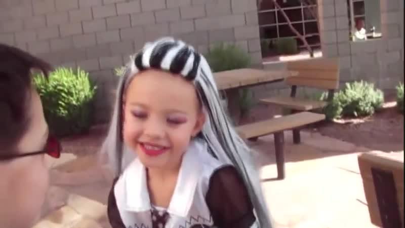 Школа Монстров - Клип ( Video from the Creative Princess Girls )