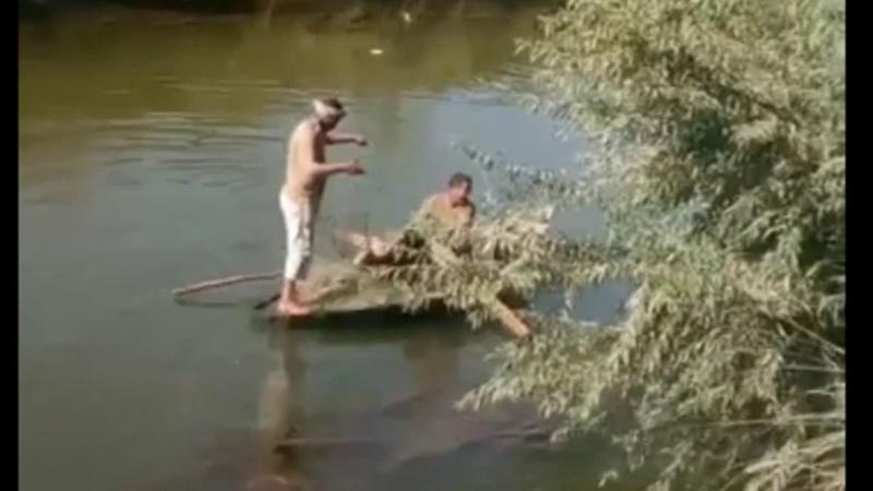 شاهد هذا الرجل فى فن احتراف صيد الاسماك مبا