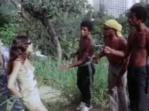 Rio Babilonia,1982,direção Neville d'Almeida.Subida na favela (sem cortes).