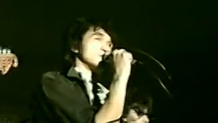 Виктор Цой.КИНО - Спокойная ночь (Концерт в кафе Метелица, Москва 1986, Редкое видео).