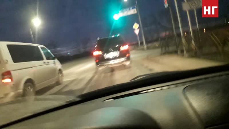 Нарушения ПДД служебным автомобилем акима Костанайской области Архимеда МУХАМБЕТОВААким авто 2