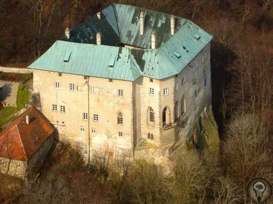 Загадки мистического замка Гоуска в Чехии. Врата в ад
