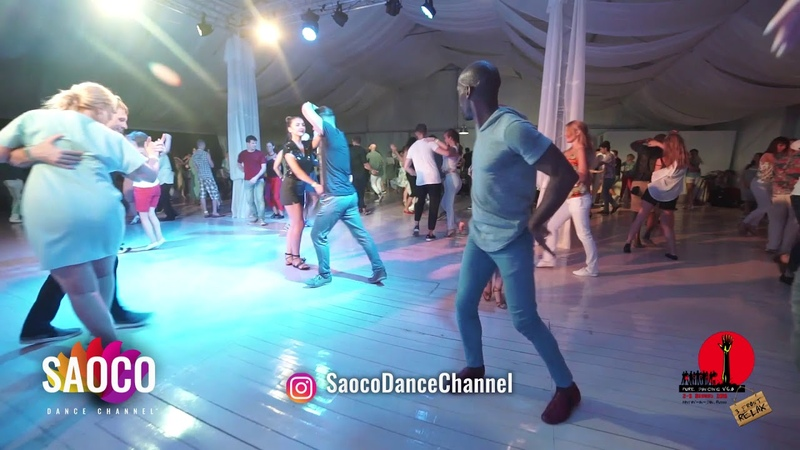 Didier Lobeau and Irina Rybnikova Salsa Dancing in Malibu at The Third Front, Sun 05.08.2018 (SC)