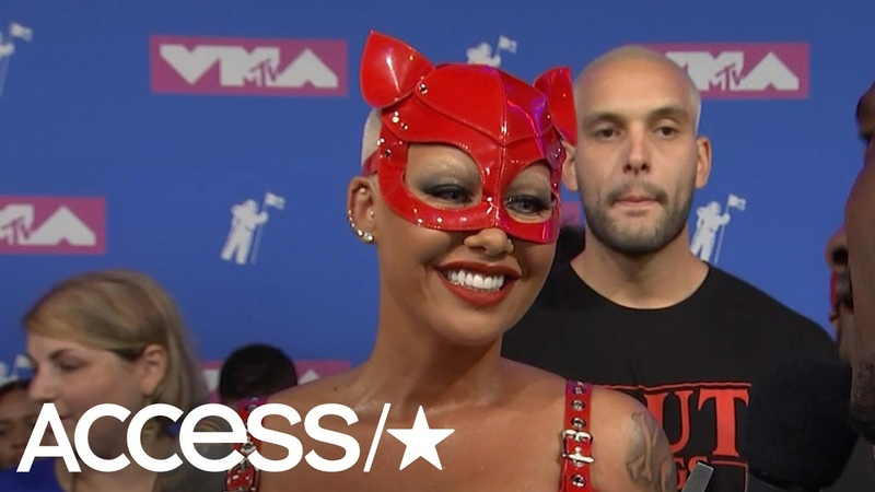 2018 MTV VMAs Amber Rose Explains Her Wild Outfit Fangirls Over Madonna Access