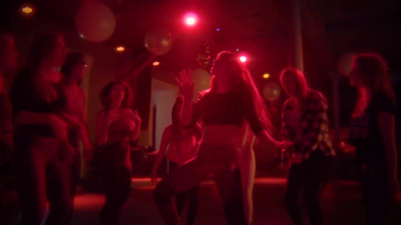 Female dancehall Afro choreo by Mishka Jane Perm