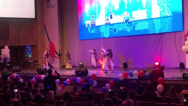 Концерт нас подружила Москва 2018