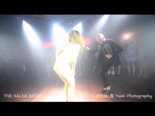 ATACA & LA ALEMANA Bachata Dance Performance @ THE SALSA ROOM-1.mp4