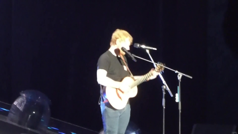 Тур | Эд Ширан исполняет песню «Perfect» на стадионе «MetLife Stadium», Ист-Ратерфорд, США | 21 сентября 2018