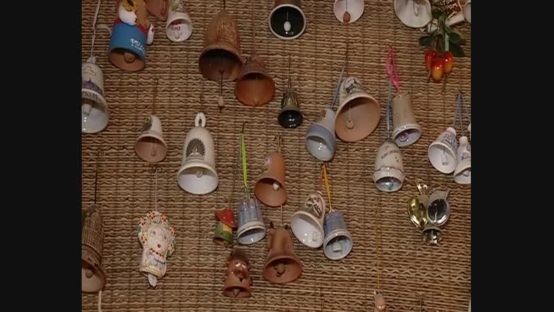 Библиотекарь СИЗО 1 собрала коллекцию колокольчиков