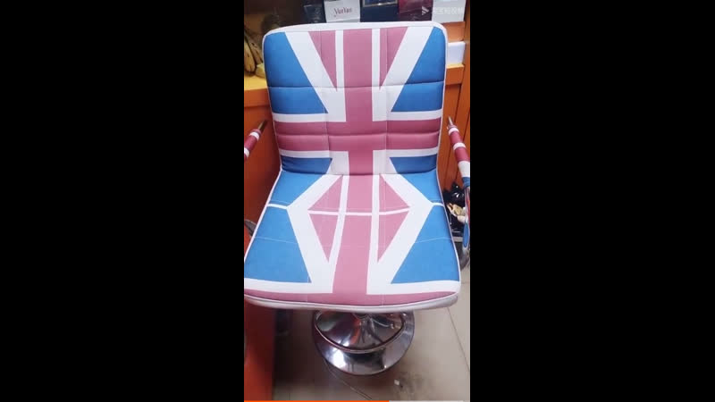 Барный стул визажиста британский флаг