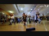 We love 90 ))flash mob