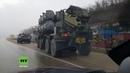 Exklusiv: Verlegung von BAL-Raketenkomplex auf der Krimautobahn Richtung Kertsch gefilmt