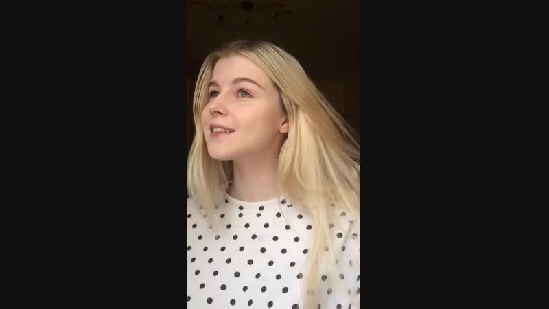 Милая школьница танцует тик ток HD малолетки молоденькие домашнее любительское скрытая лесби periscope перископ