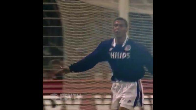 «Роналдо. Тридцать голов». Предсказание от 17-летнего Роналдо