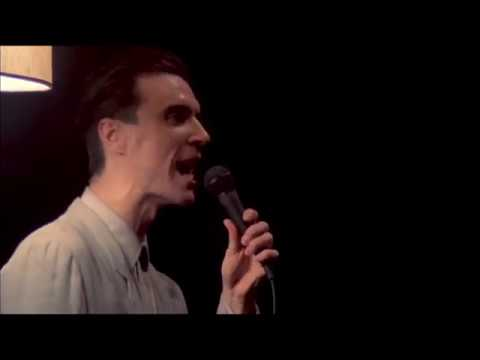 Talking Heads - This Must Be The Place (Naive Melody) [Stop Making Sense, 1984]