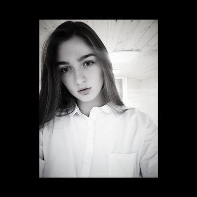 Дарья Сухарева