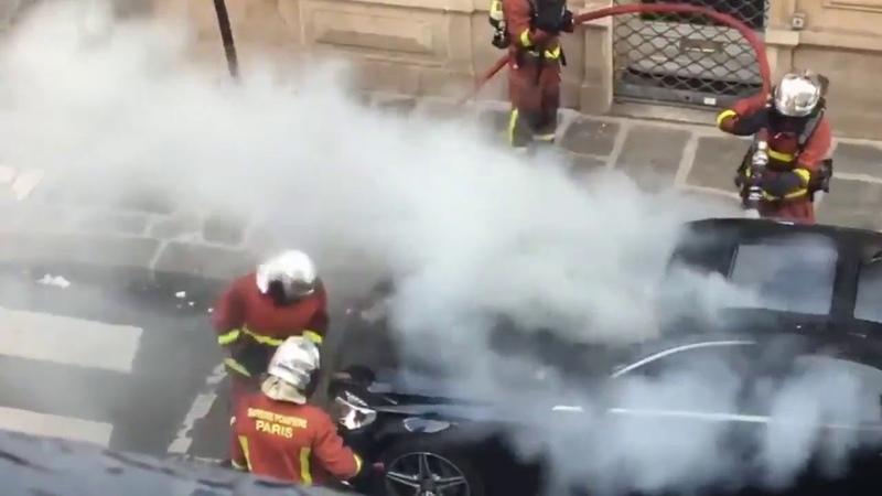 как во Франции тушат авто