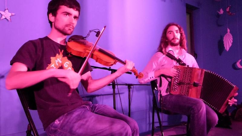 Duo Fermé Exibard Mazurka à 8 temps Nuit du Folk à Venon
