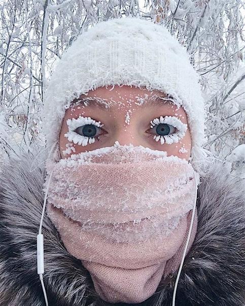 Прославившаяся «зимними ресницами» россиянка, показала Якутское лето Поговаривают, что в Сибири живут только очень крепкие духом люди. И, кажется, что говорят не зря. Возможно, вы уже знакомы с