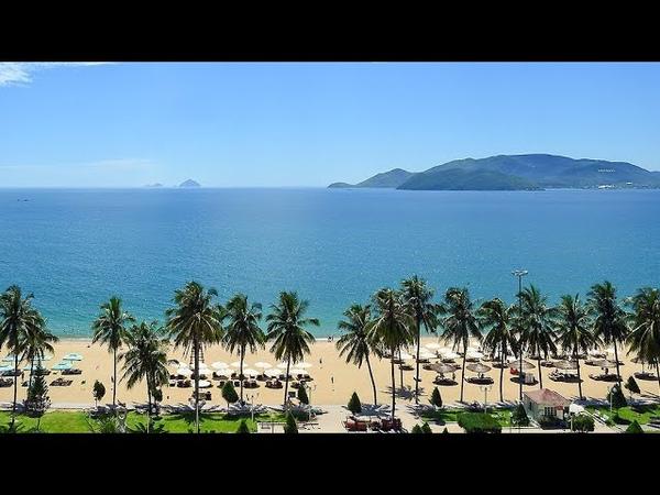 207 Вьетнам Нячанг Виды города из окна автобуса Городской пляж Vietnam Nha Trang city Beach