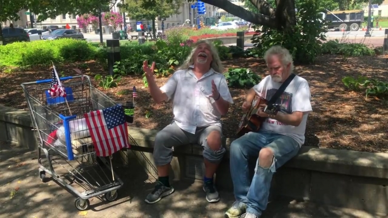 Tom Mabe - Homeless Herbie Hallelujah