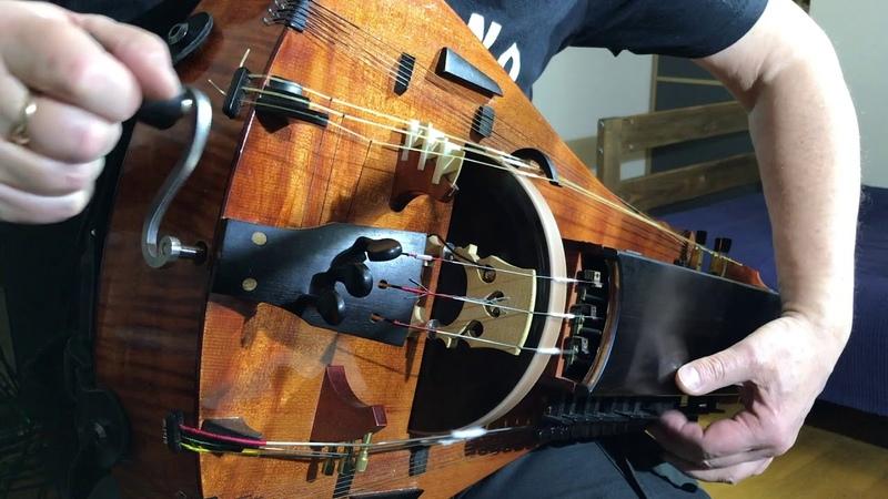 Dark Oriental Improvisation. Hurdy-Gurdy With Sitar Loop