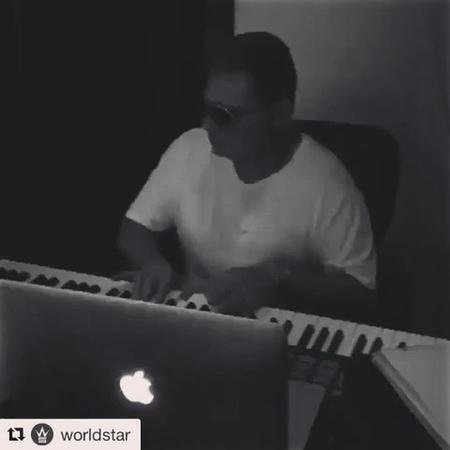 "Vincent Van den Ende on Instagram ""Repost @worldstar ・・・ ScottStorch making some live music 🎹 🎸🔥 (Via @scottstorchofficial) w @avedonmusic, @ch..."
