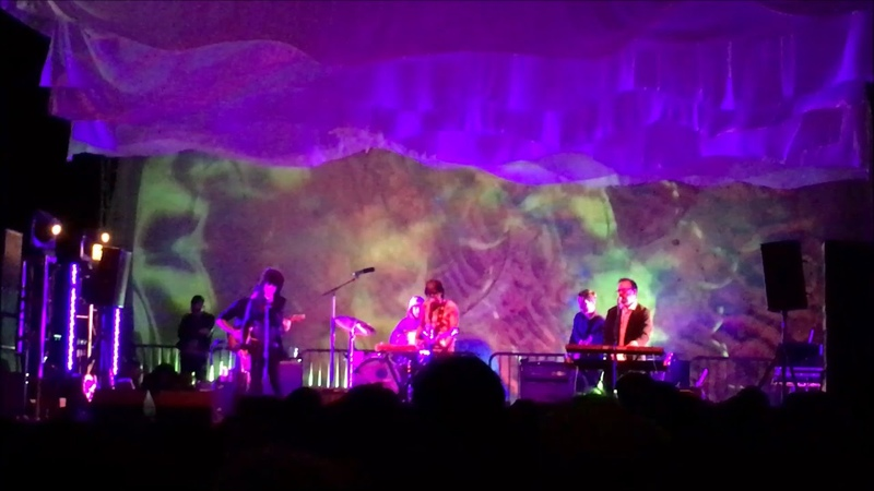 Ariel Pink - Live at Desert Daze, Block Stage 10/13/2017 [clip]