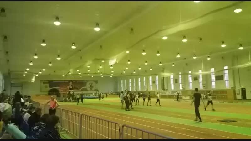 200 метров на 3 юн.разр. Время 35.7
