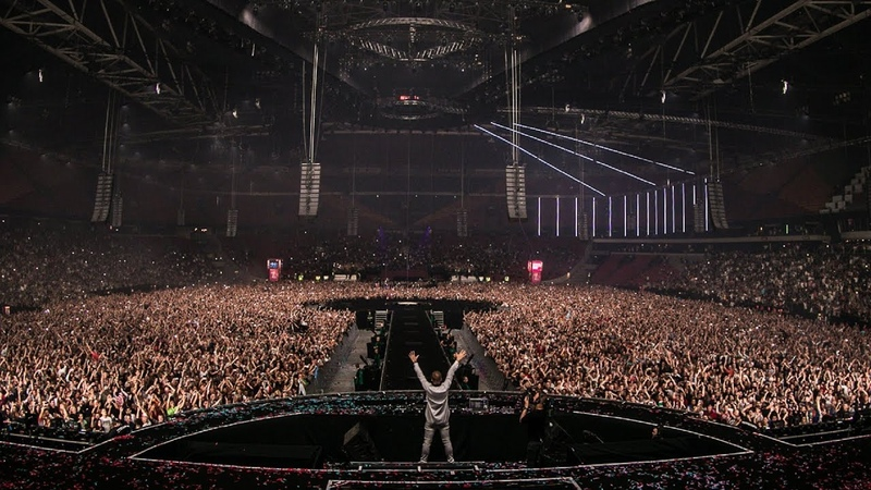 Armin van Buuren WW - D Fat (Live at The Best Of Armin Only)