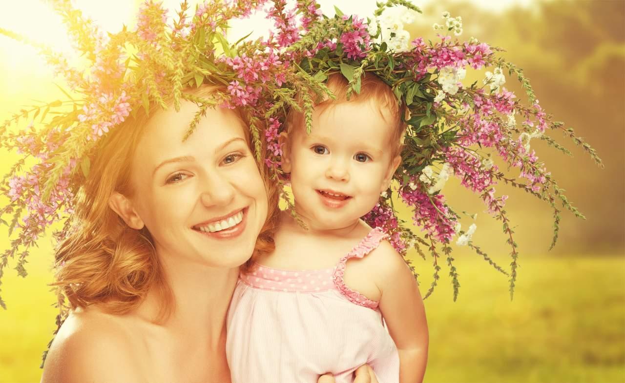 Мать и ребенок картинки красивые, днем