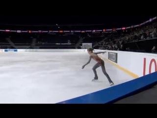 Впервые в истории женского фигурного катания 14-летняя Саша Трусова выполнила четвертной лутц.