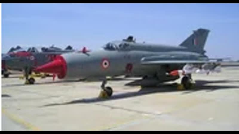 Видео, на котором запечатлен момент атаки военных Пакистана на самолет ВВС Индии.