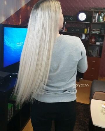 Наращивание волос on Instagram 👸👱♀️💇♀️Наращивание микрокапсулы 💆♀️ Объем около 200 прядей 🎅 Красота 😍 Поздравляю Вас С НОВЫМ 2019 наращиван