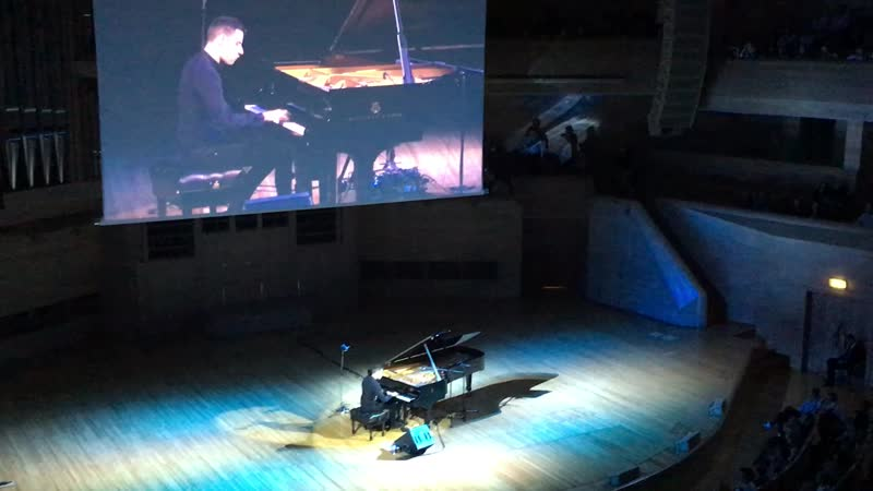 Black or White - Peter Bence (Moscow, International House of Music)
