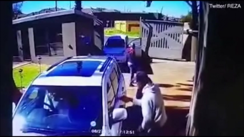 AC24.cz - Jihoafrická starší dáma zahnala lupiče