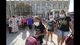 Ситуация в Армянске: дефицит масок, закрытый завод и вывоз детей