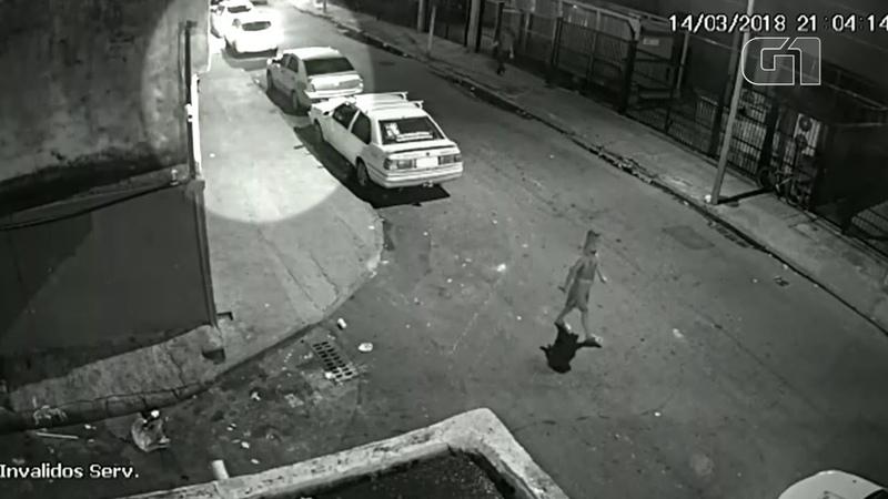 Imagens de câmera de segurança mostram Marielle Franco saindo de evento antes do crime